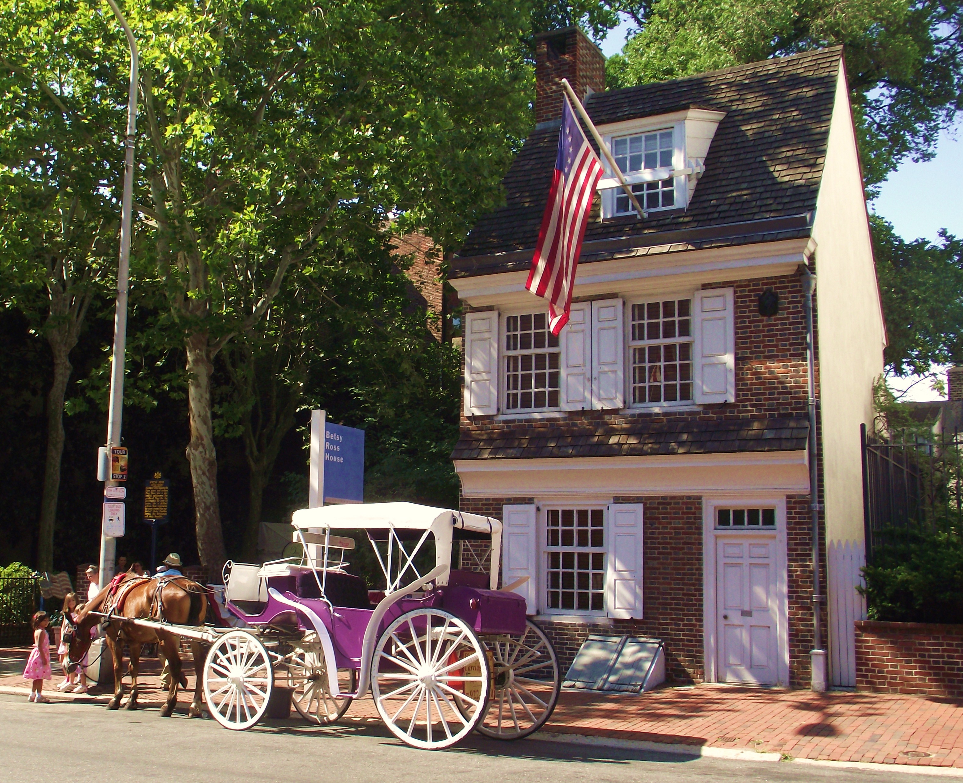 Horse-Drawn Carriage Tours In Philadelphia