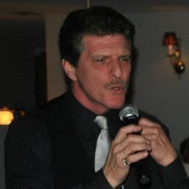 Larry Performing live @ Filomenas Cucina Rustica & Lounge