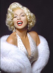 Holly Faris as Marilyn Monroe