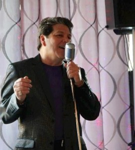 Vic Rubino at The Riverwinds Restaurant @ The Riverwinds Restaurant | West Deptford | New Jersey | United States
