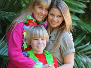 Bindi Irwin Mom Bro Now