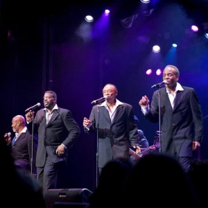 111-300x300 Harold Melvin & The Blue Notes - Four Decades of Hits