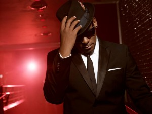 213-300x225 R. Kelly - The Face of R&B for a New Generation