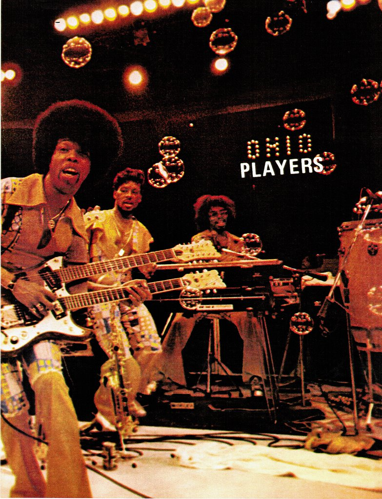 The Sleek Sexy 70s Sound Of Funk Musics Ohio Players together with Six Degrees Of Separation Merseybeats together with What's new besides Tulsa Queen Lyrics Emmylou Harris furthermore Linda Ronstadt Before And After frE2lLdIRnovHL1V 7CMV9iLT b5GdORDZyuZQzh8uJGY. on linda ronstadt albums