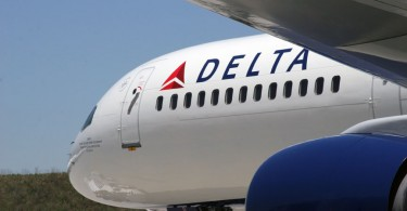 Delta Airlines front plane