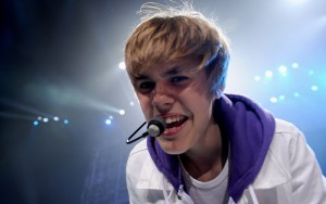 Justin-Bieber-teen-mic-300x188 Young and Strong - The Life and Career of Justin Bieber