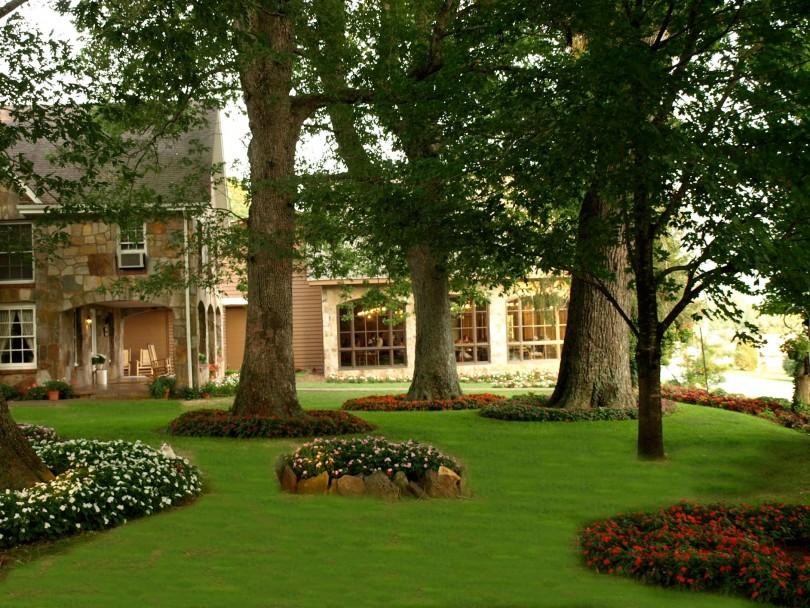The Dillard House