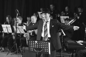 73-300x199 Frank Sinatra: The Rat Pack's Legendary Performer