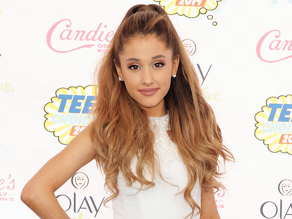 Ariana Grande - Pop superstar with a huge voice and ... Jessica Alba
