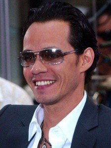 b6E5BCQkOXlxT1E4nHRyOpehuYU-225x300 It's Been a Sizzling Ride for Salsa King Marc Anthony