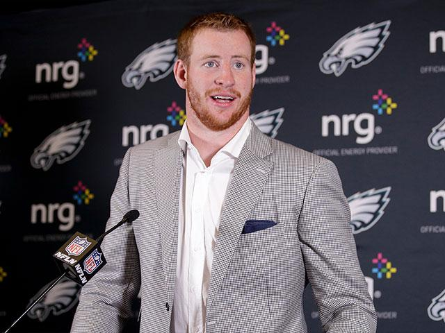 carsonwentzap_si Carson Wentz -- doing whatever it takes to get there.