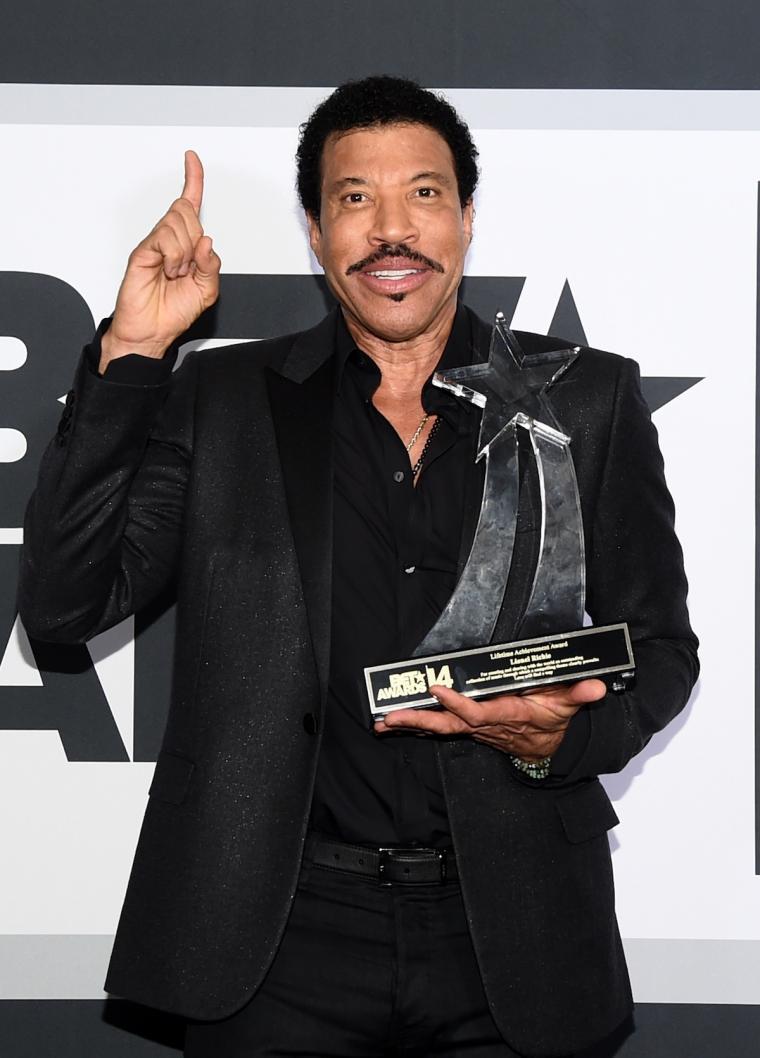 451482848 Lionel Richie – The R&B music artist
