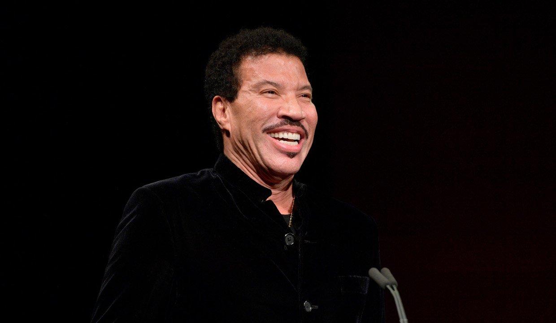 Lionel-Richie-net-worth Lionel Richie – The R&B music artist