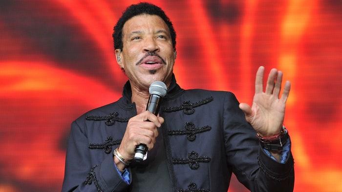 gettyimages-478867634-e2b019b6-9c3d-47b4-a8d9-a32d47bf9c78 Lionel Richie – The R&B music artist
