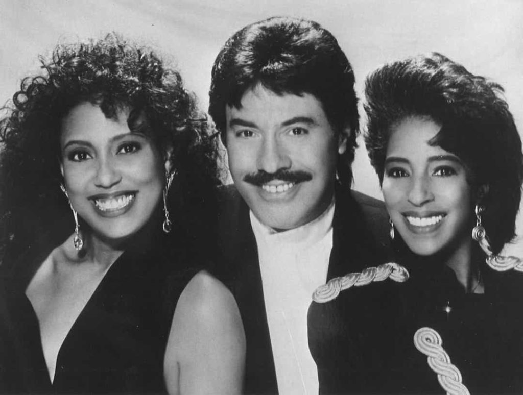 tony-orlando-with-dawn-1024x774 Tony Orlando: The Legend that Echoes Through the Ages