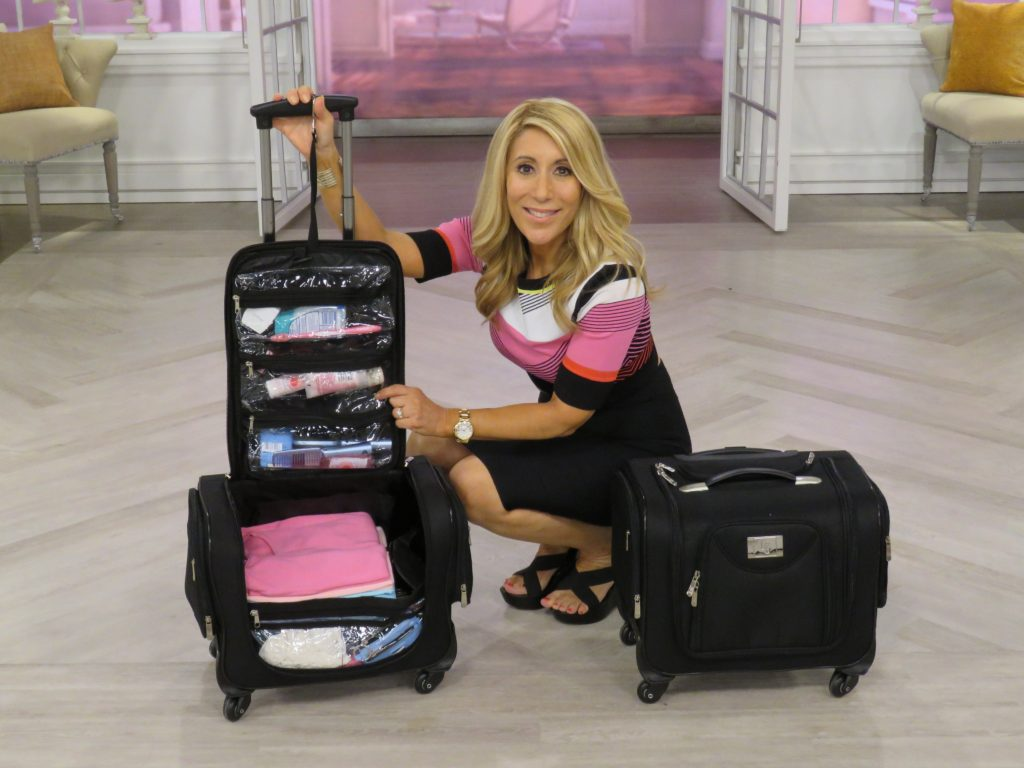 lori-greiner-with-her-invention_weekender-bag-1024x768 Lori Grenier - Entrepreneur & Prolific Inventor of Retail Products