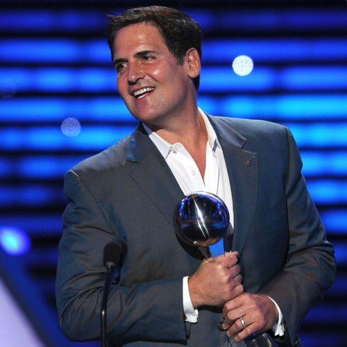 mark-cuban-holding-an-award Mark Cuban - Renowned Billionaire Tech Mogul and the Outspoken Owner of the Dallas Mavericks